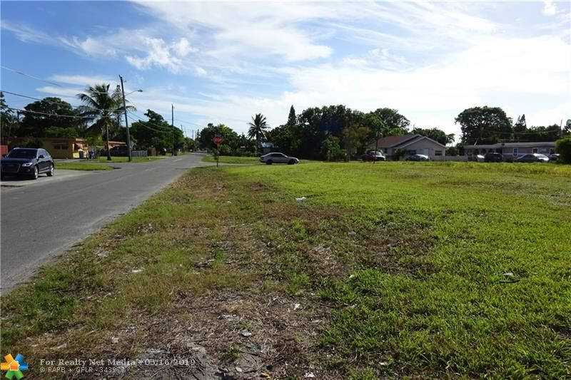 0000 NW 12th ST  For Sale F10176316, FL