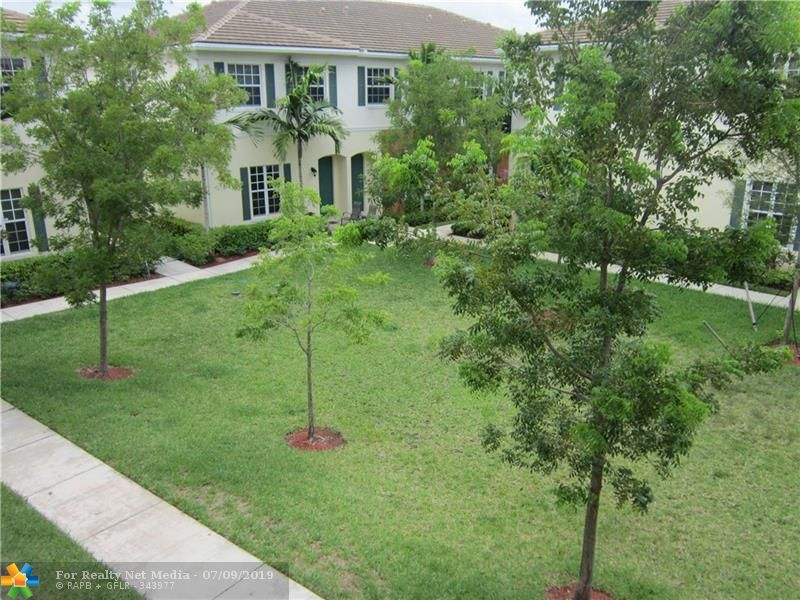 713 SW 2nd Ln #713 For Sale F10184185, FL