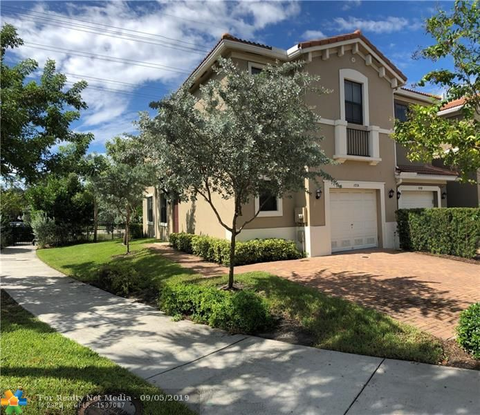 1004 NW 33rd Ct #1004 For Sale F10190238, FL