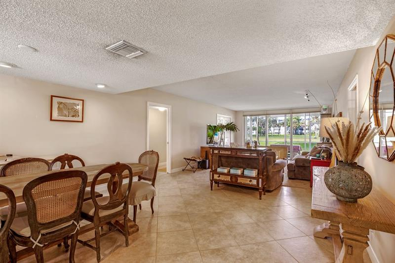 907  Cypress Terrace #104 For Sale F10195599, FL