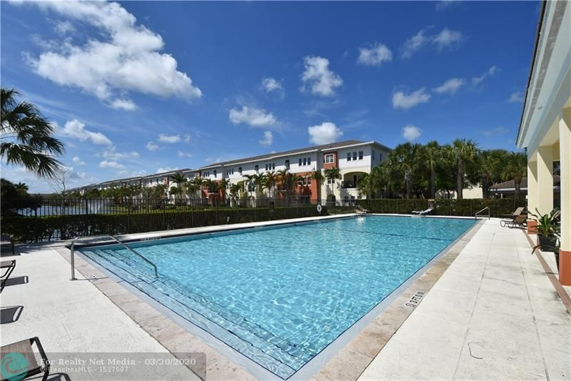 263 SW 7th Ct  For Sale F10222643, FL