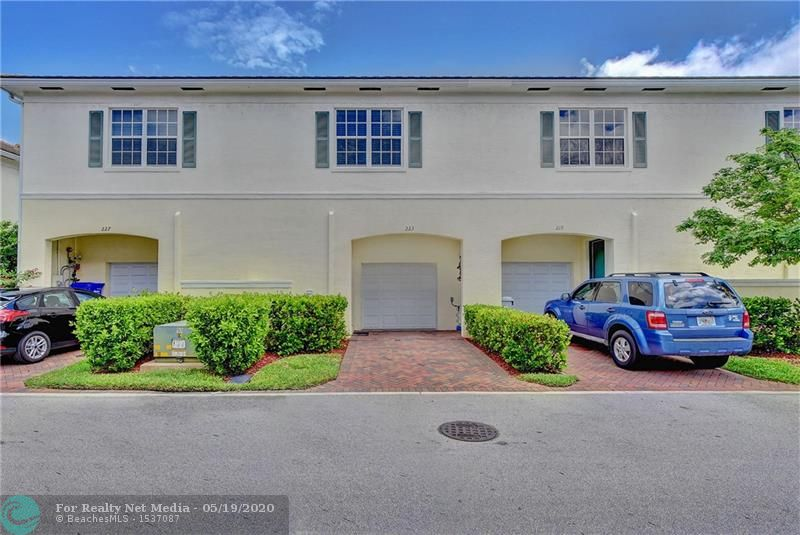 223 SW 7th Ct #223 For Sale F10229399, FL